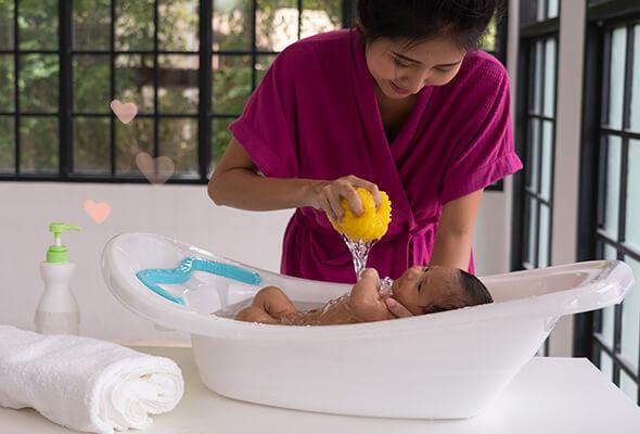 ¿Cuándo bañar a un recién nacido?